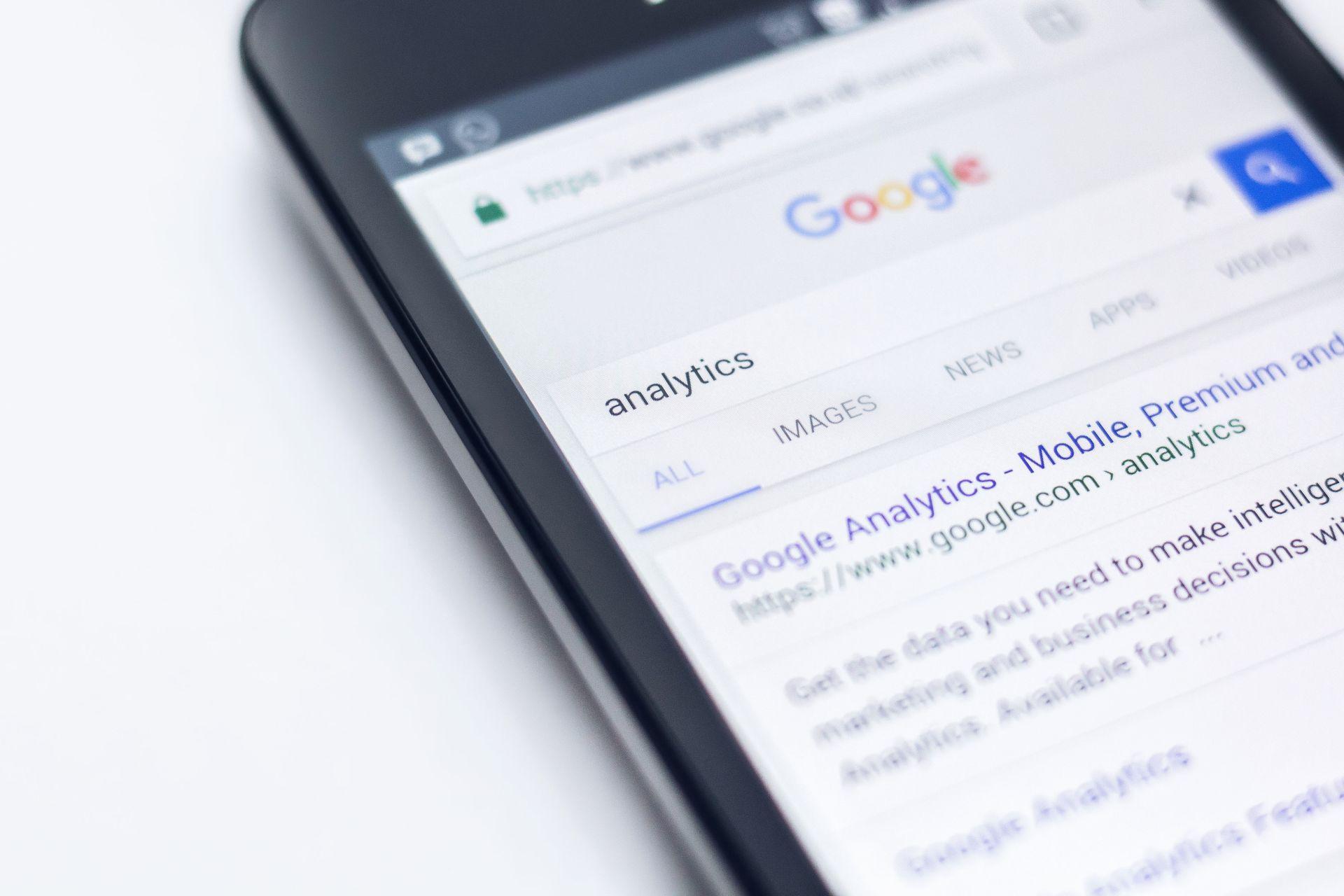 Do czego służy Google Analytics?